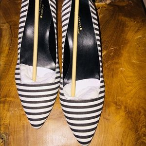 Kate Spade Saturday Black & White Striped Heel 👠
